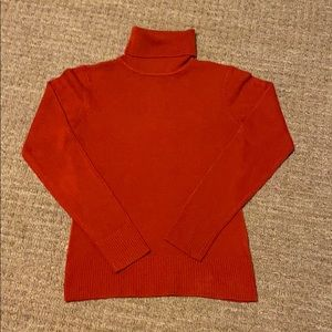 H&M red turtleneck sweater size small